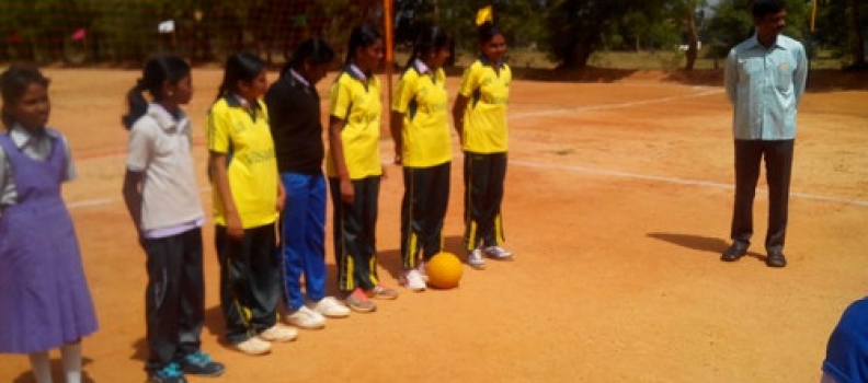 THROW BALL(GIRLS) & FOOT BALL(BOYS) – 02.07.2015